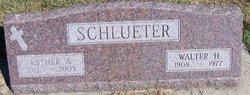 Esther Anna <I>Stuhr</I> Schlueter