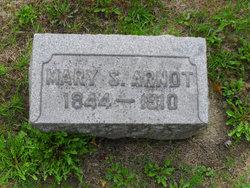 Mary <I>Hacker</I> Arndt