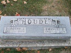 Dorothy June <I>Netzel</I> Houde