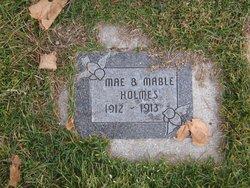 Mae Holmes