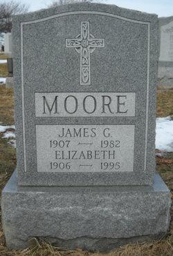 """Elizabeth Bertha """"Bert"""" <I>Dornlas</I> Moore"""