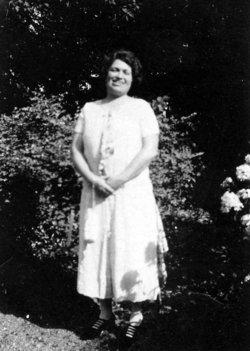 Hazel Bertha <I>Reid</I> Gennett