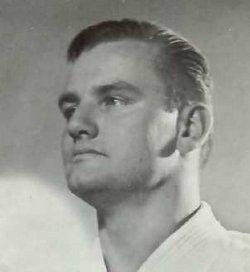Bruce Tegner