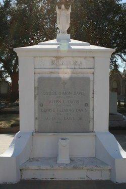 Allen L Davis