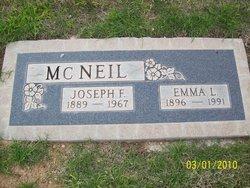 Emma Lena <I>Thomas</I> McNeil