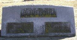 Anna E Anderson