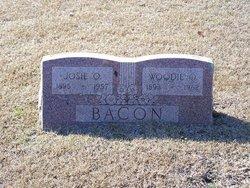 Woodie O'Nela Bacon