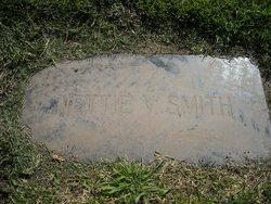"""Jeanette Vioqua """"Nettie"""" <I>Moore</I> Smith"""