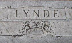 A. Carl Lynde