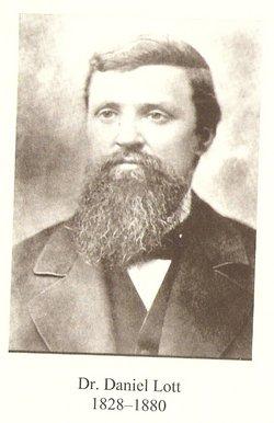 Dr Daniel Lott