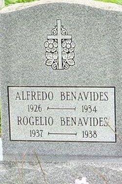 Rogelio Benavides