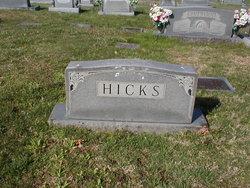 Robert L. Hicks