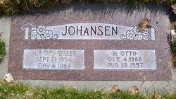 Iva May <I>Miller</I> Johansen