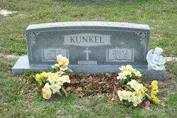 Della S <I>Lindner</I> Kunkel