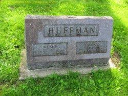 "Eliza Alma ""Allie"" <I>Wright</I> Huffman"