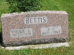 Mollie E <I>Morlan</I> Bettis