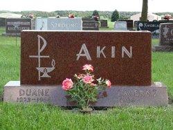 Duane Leon Akin