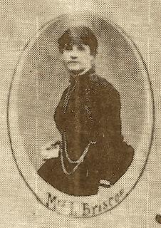 Mrs L Briscoe