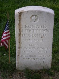 Leonard Llewellyn Husband