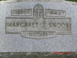 Margaret J <I>Snook</I> Bickel
