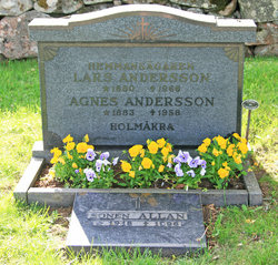 Agnes K. Andersson