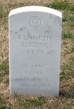Kenneth Eugene Akin