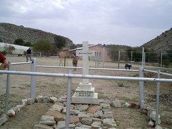Kuibis Cemetery