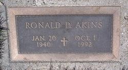 Ronald D Akins