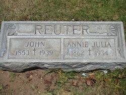 Annie Julia <I>Schwalier</I> Reuter