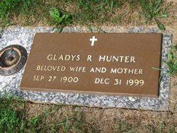 Gladys <I>Reeves</I> Hunter