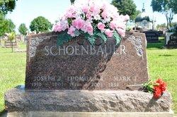 Ludmilla Rose Lillian Kes Schoenbauer 1916 2003 Find A Grave