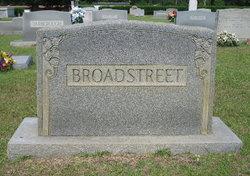 Oscar Azile Broadstreet