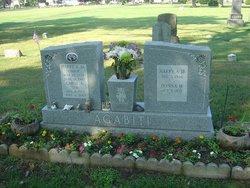 "Carol Annie ""Sue"" <I>Hutchinson</I> Agabiti"