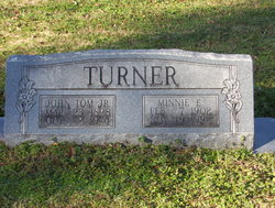 Minnie E Turner