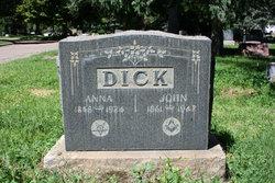 Anna Dick