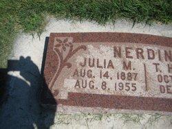 Julia <I>Mott</I> Nerdin