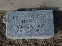 Lee Dalton Davis