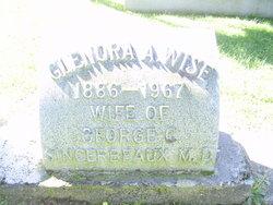 "Glenora Alice ""Glen"" <I>Wise</I> Sincerbeaux"