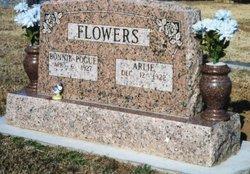 """Arlie Lee """"Boyb"""" Flowers"""