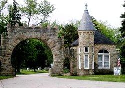 Elm Lawn Cemetery