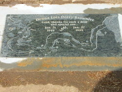 Donna Lois <I>Dorey</I> Brownlee