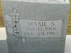 Maxie <I>Smith</I> Lively
