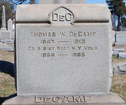 Thomas W DeCamp