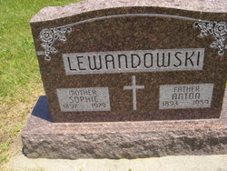 Sophie <I>Rewolinski</I> Lewandowski