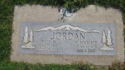 Dale D Jordan
