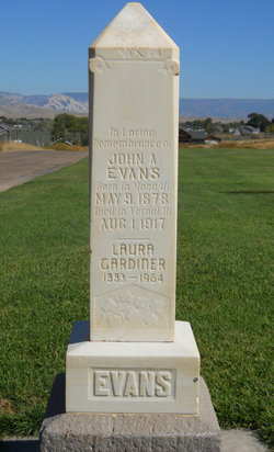 Laura Annie <I>Gardiner</I> Evans
