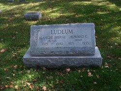 Howard E Ludlum