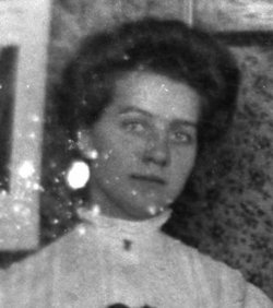 Della Magel <I>Pierce</I> Borland