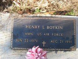 Henry L Boykin