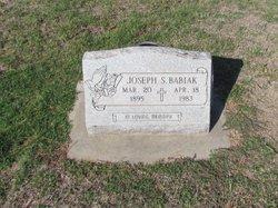 Joseph S Babiak